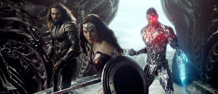 Liga da Justiça | Nova imagem traz Aquaman, Mulher-Maravilha e Ciborgue em posição de ataque