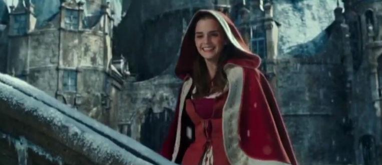 A Bela e a Fera | Nova cena mostra Bela cantando na neve ao lado da Fera